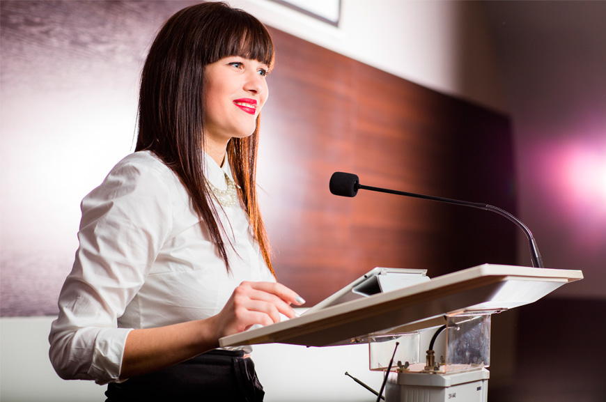 Business skills: How to deliver a convincing presentation | Oxford House Barcelona