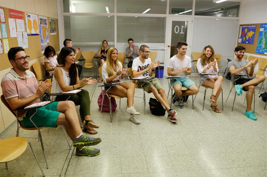 Cursos económicos de Inglés | Oxford House Barcelona