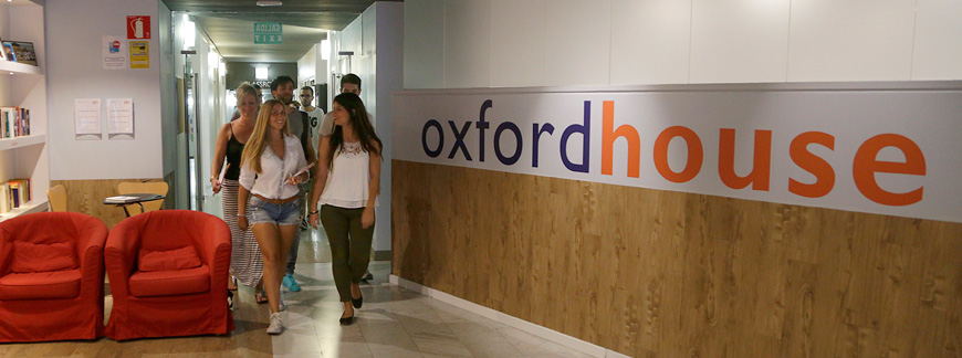 Eaquals Accreditation: A big step for Oxford House and our students | Oxford House Barcelona