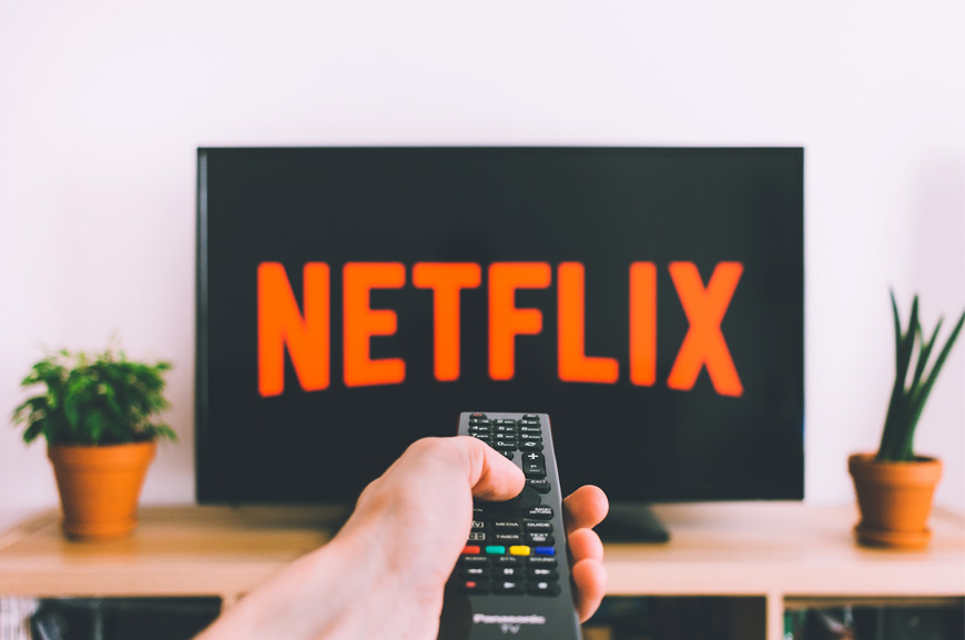 How to improve your English using Netflix | Oxford House Barcelona