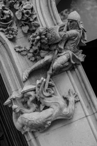 Sant Jordi | Sant Jordi - Dragons, books and roses | Oxford House Barcelona