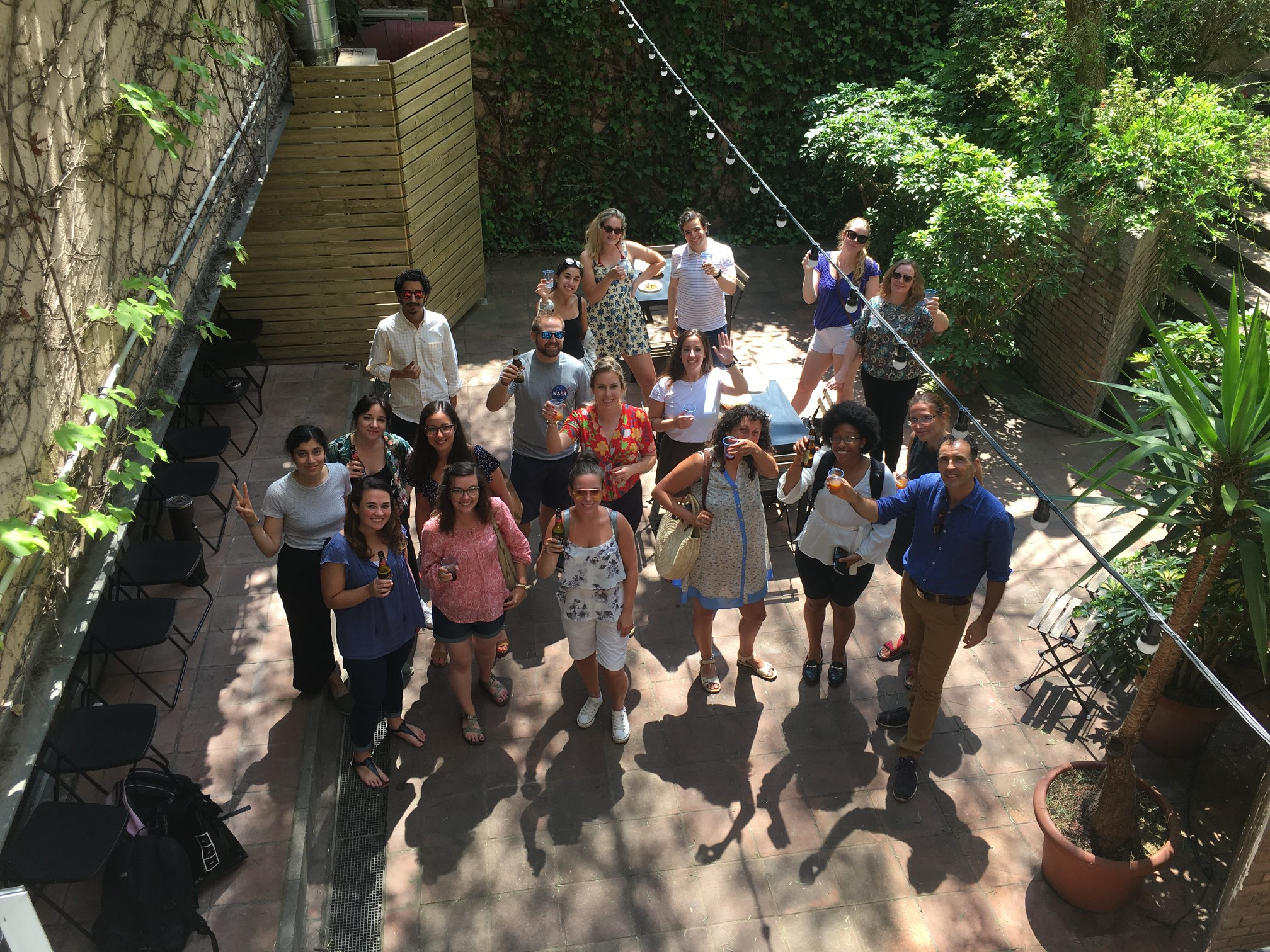 Happy Friday - Summer Edition | Language Exchange Event at Oxford House Barcelona